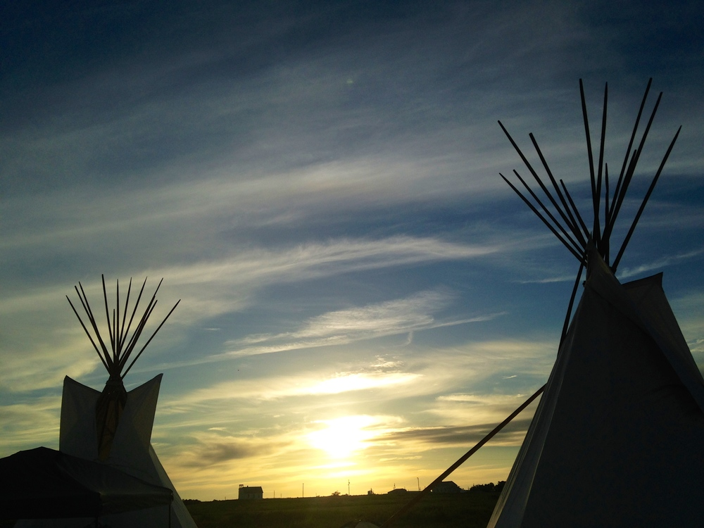 A glimpse into the past: Tipis in La Plant, at sunset (A. Gross, July 2014)