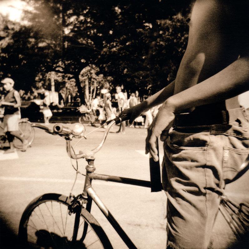 boyonbike_welles.jpg