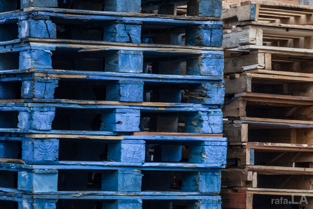 Blue Pallet  January 24, 2014 - Industrial business lot, Boyle Heights