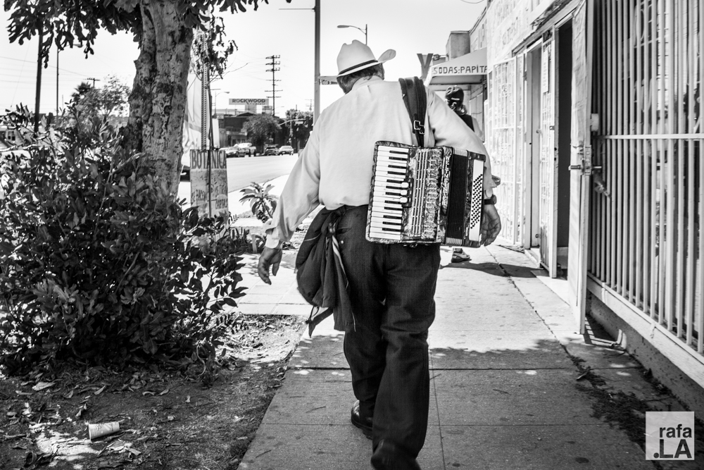 Hauling.  September 10, 2014 - Boyle Heights, CA