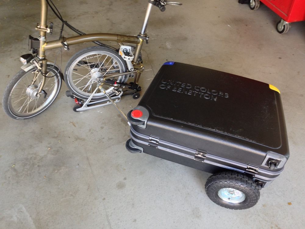 The Brompton can still be 'parked' without unhitching the hard case.