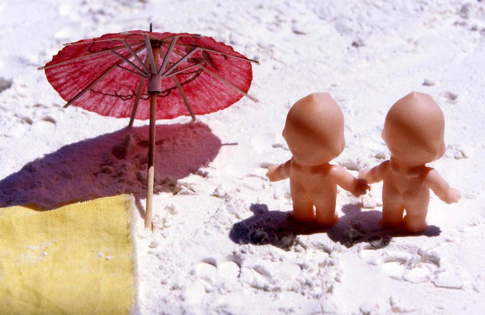 k_beach_couple.jpg