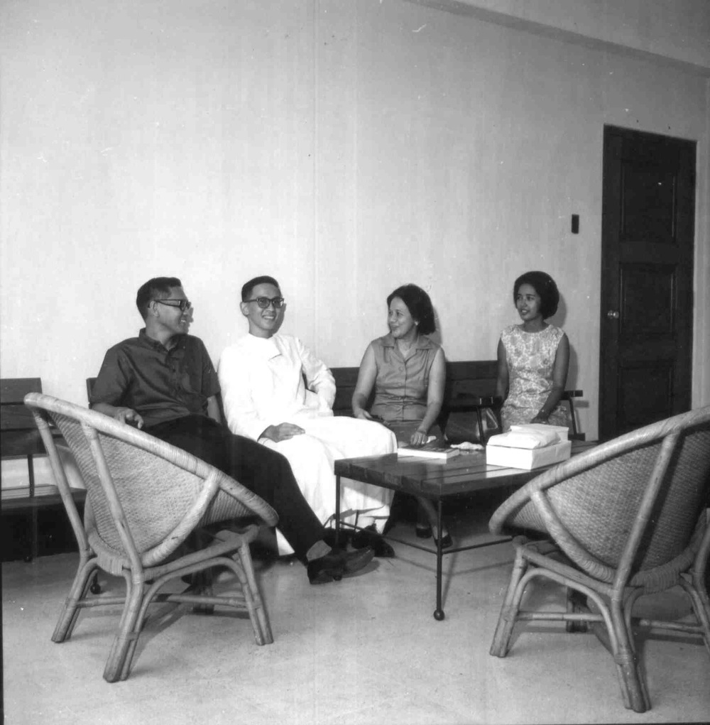 Br. Roly with some faculty members in an undated photo.