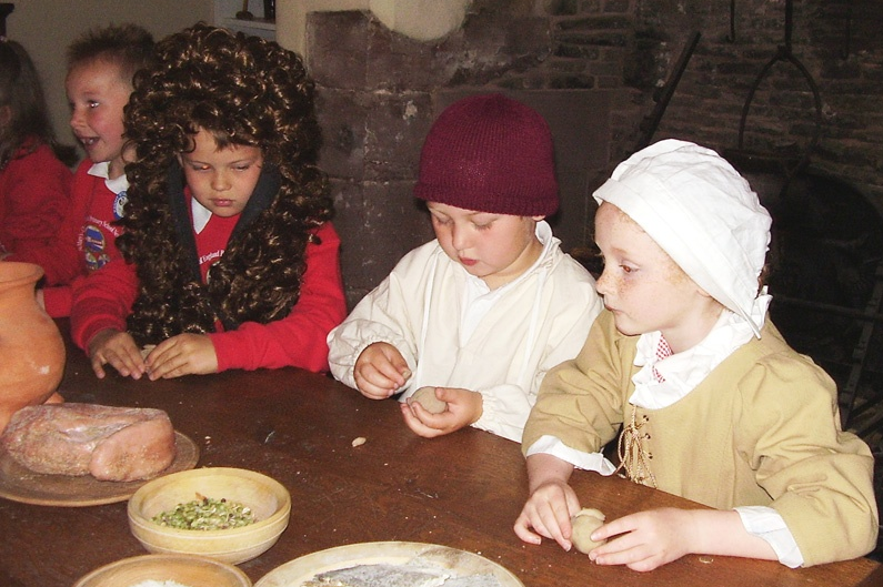 Education session at Staircase House (2008 Sandford Award winner)