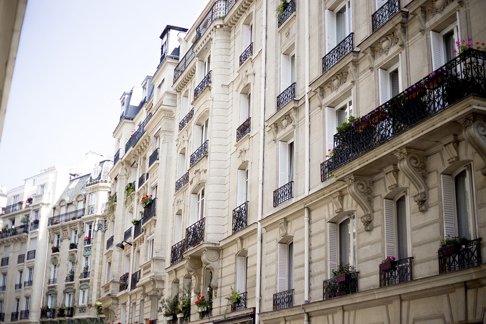 16th arrondissement paris small.jpg