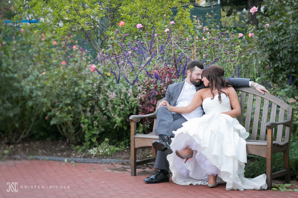 toledo-zoo-wedding-photos-05.jpg