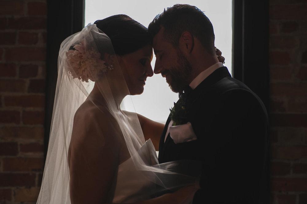 wedding-photographers-toledo-ohio-03.jpg
