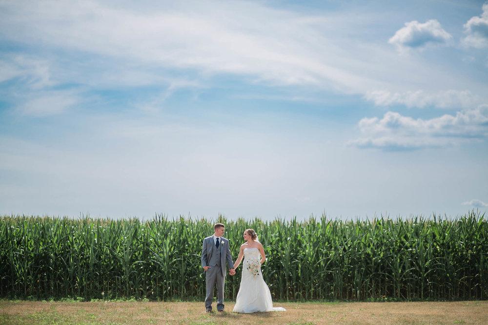 wedding-photographers-toledo-ohio-14.jpg