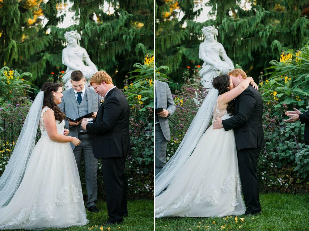 toledo-zoo-wedding-pictures-155.jpg
