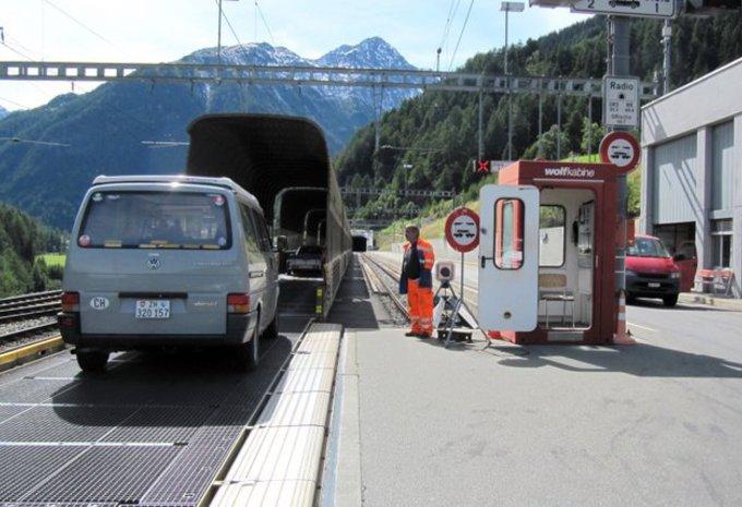 Suisse-tunnel-vereina.jpg