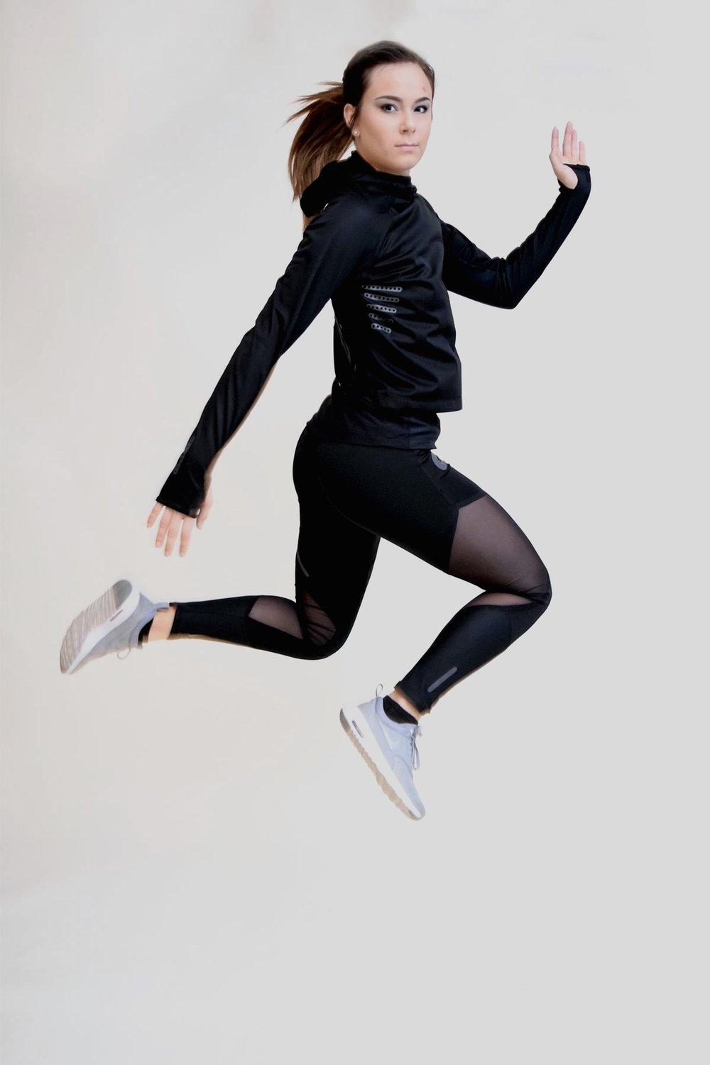 Thermic: Baselayer for runners;  Model: Nadine Kaufman