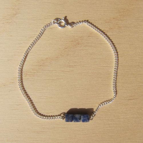 TRIPTYCH bracelet with sodalite