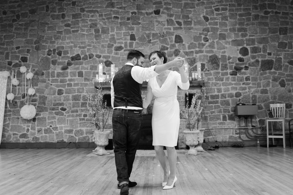 sepandstellwiconsinwedding-27.jpg