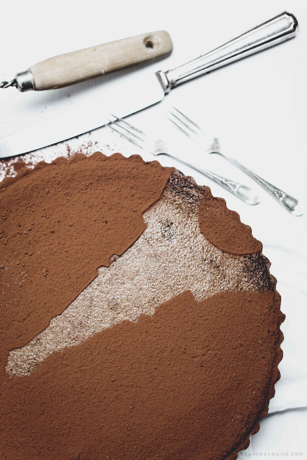 Use cookie cutters to make cocoa patterns
