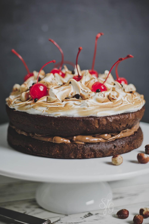 sweetgastronomy.com_meringuechocolatecake