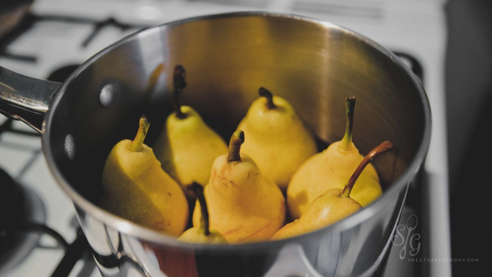 Before you begin, check how many pears fit into your pot for poaching.