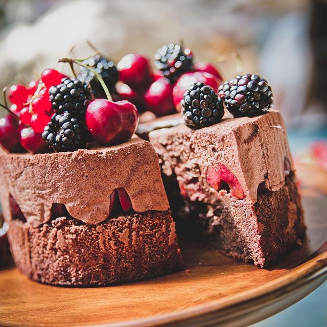 From a few years back...Christmas Black Forest Mousse Cake. 😋 #sydneyfoodie #sydneyfoodblogger #sweetgastronomy #sweetgastronomyblog