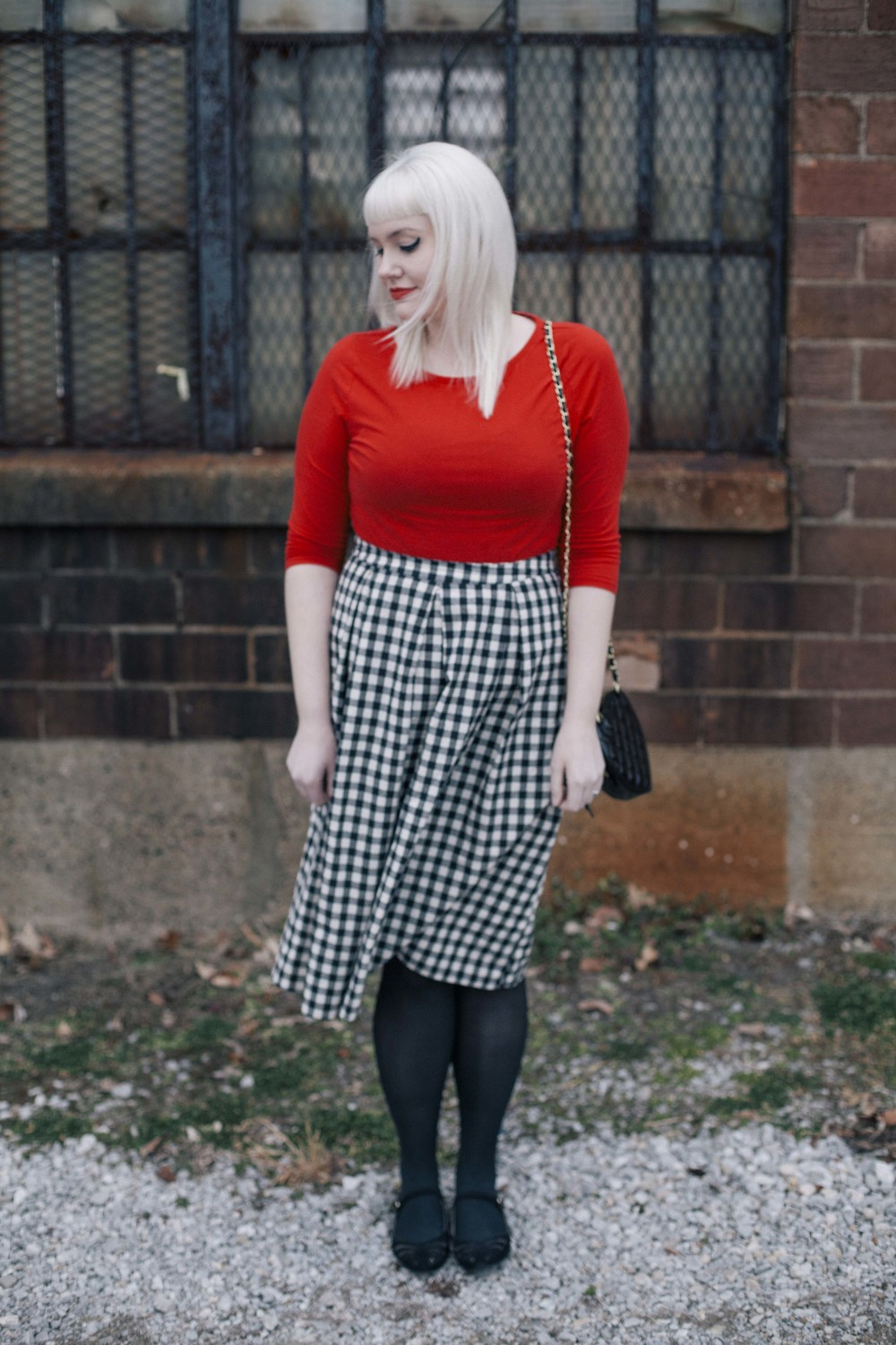 What she's wearing: top- target, skirt- modcloth, shoes- plasticland,   purse- asos