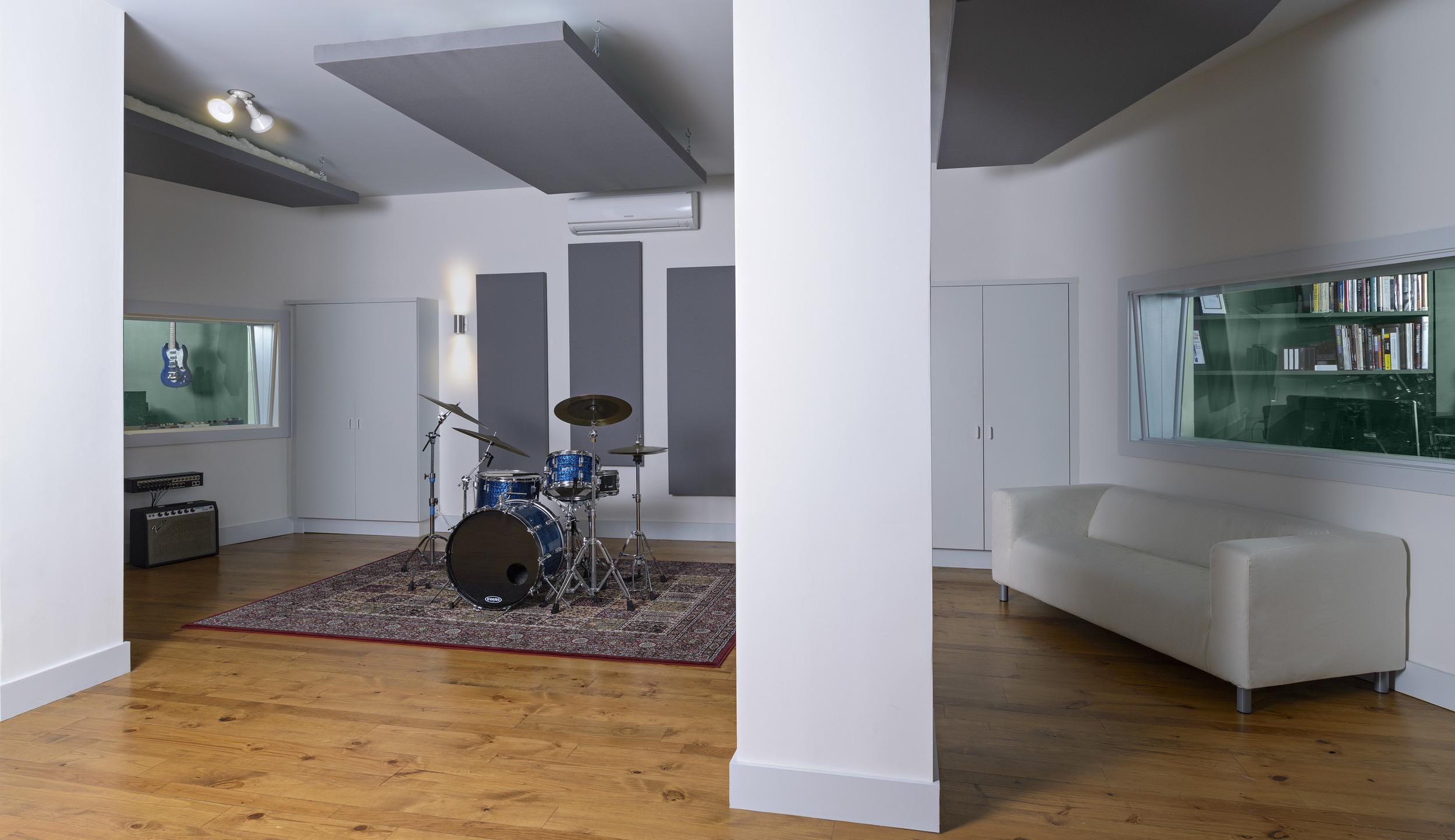 Live Room A Ellis 2201