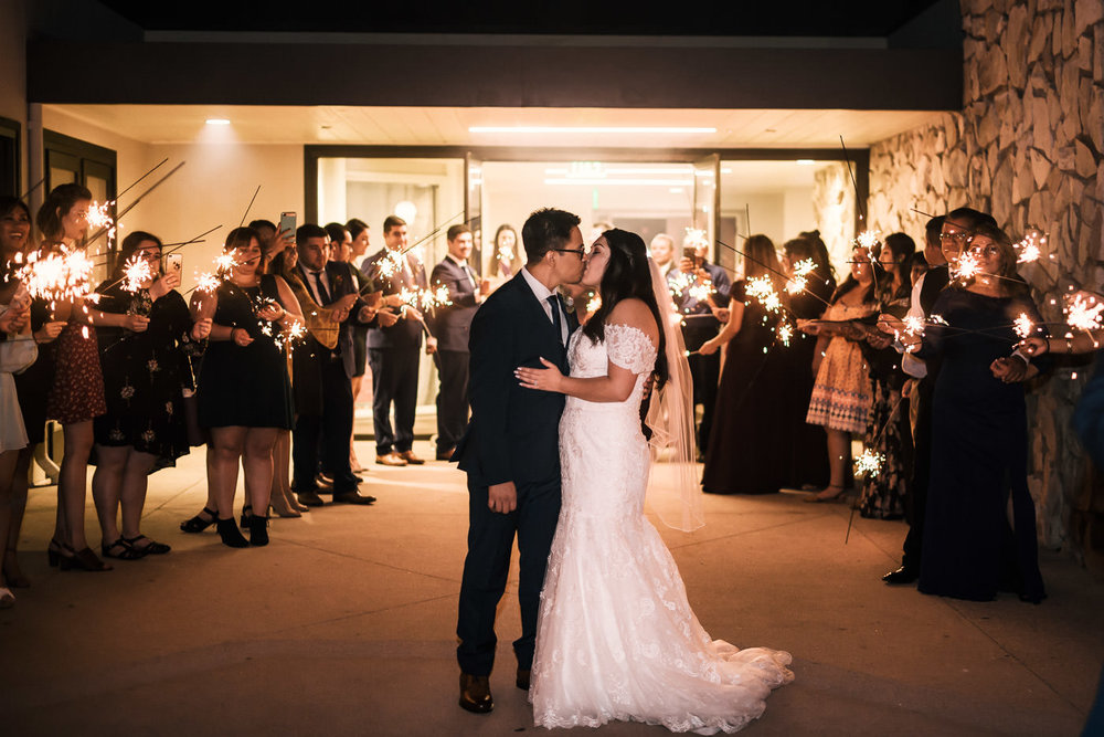 Knollwood Country Wedding ends with a romantic sparkler grand exit.