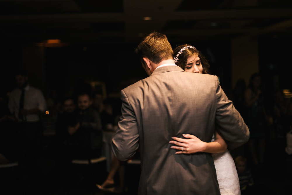Romantic first dance at this couples reception at the Alta Vista Country Club.