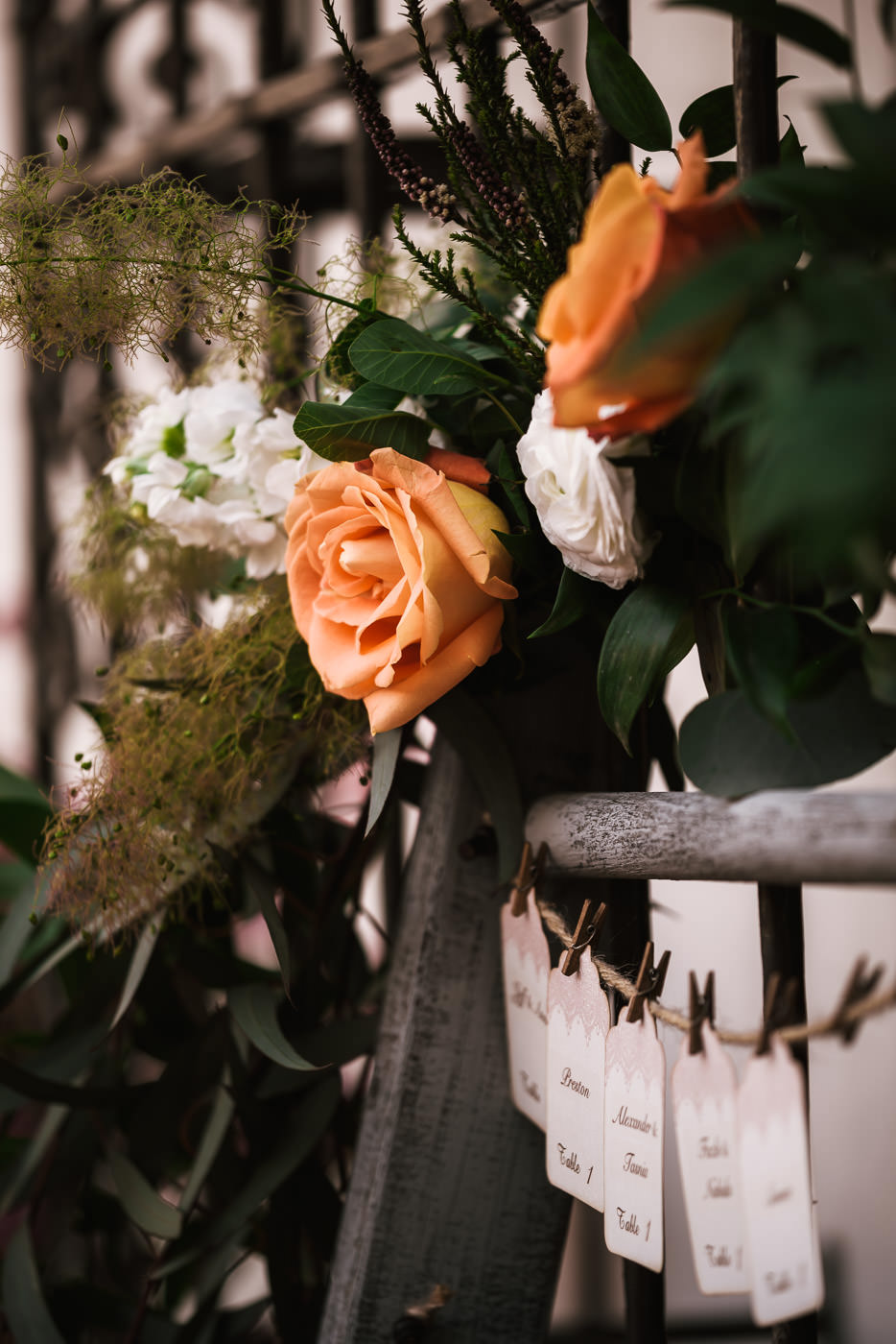 Peach colored roses wedding decor.