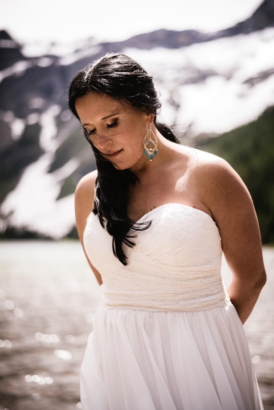 Beautiful Montana bride in Glacier National Park.