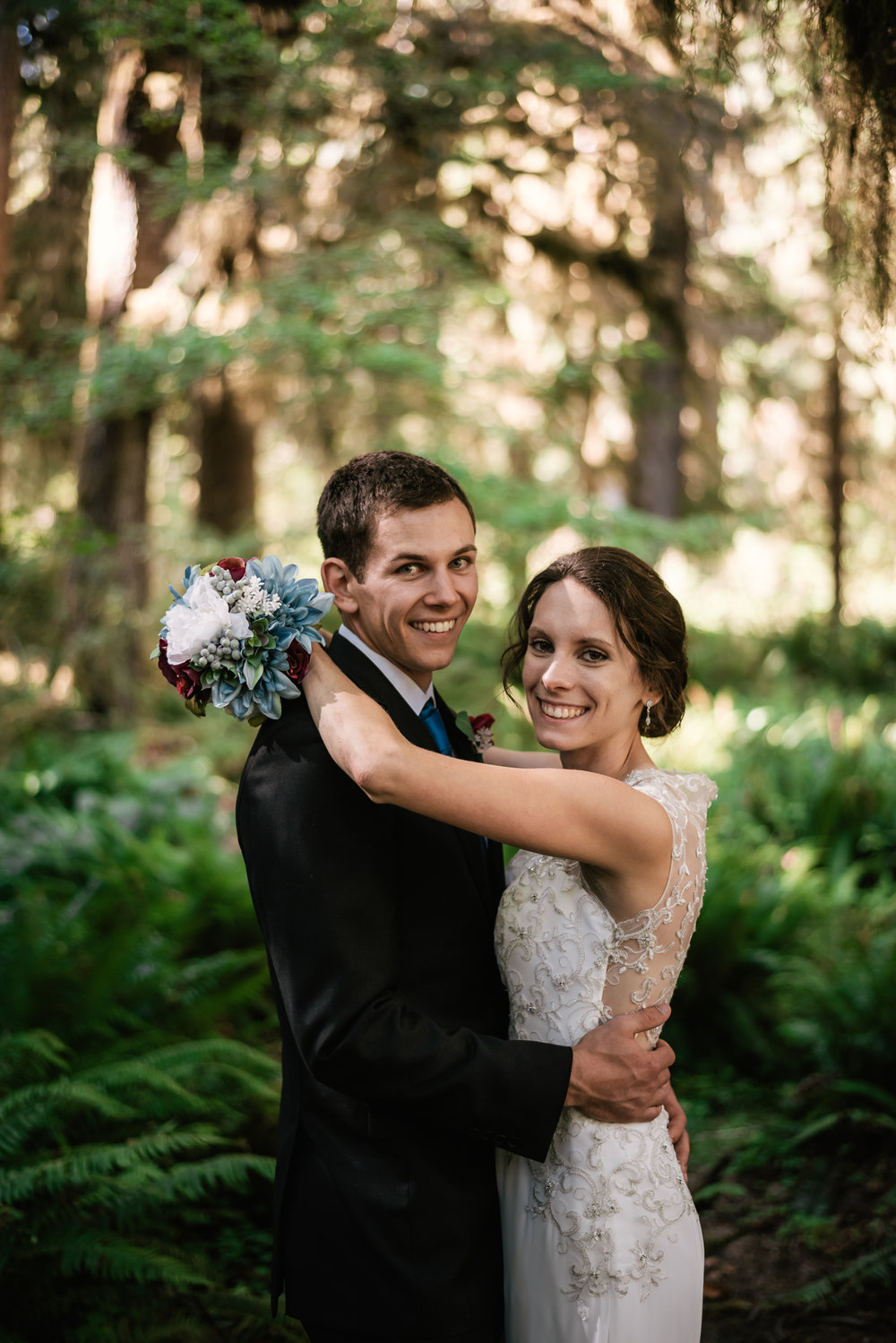 Classic wedding photography on the Olympic Peninsula.