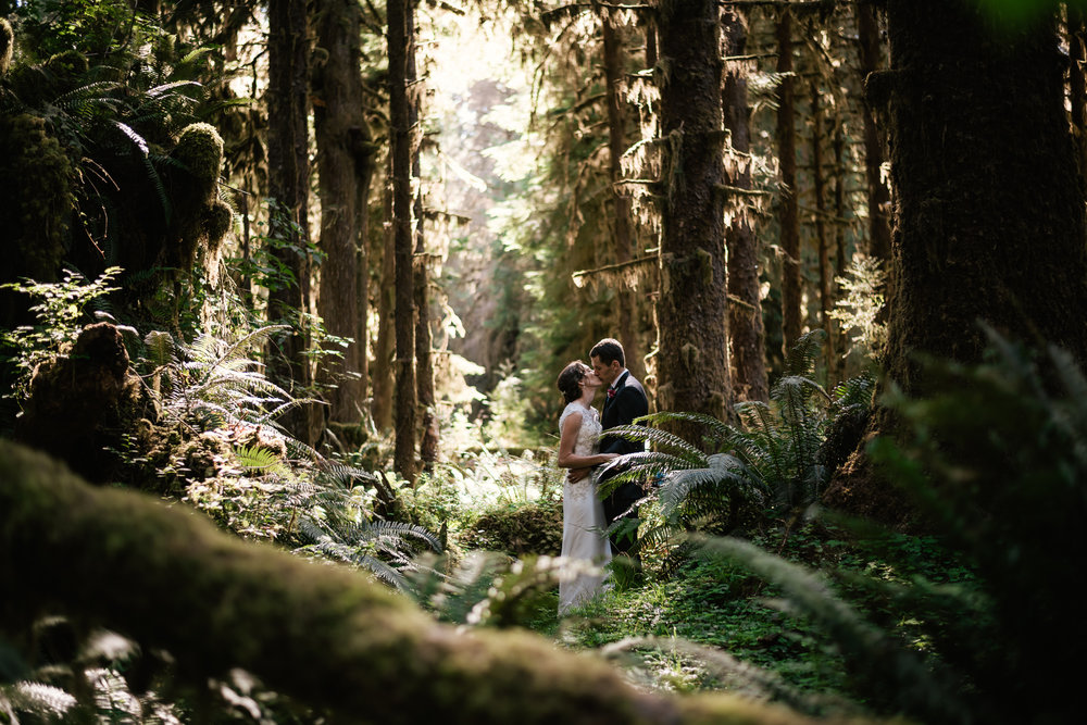 Adventurous elopements in Olympic National Parks Hoh Rainforest.