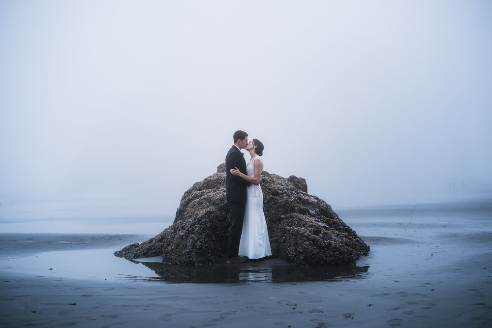 Ruby Beach elopement photographer in Washington.