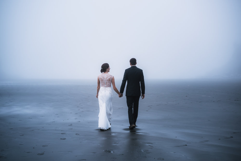 Couple elopes to Ruby Beach on the Olympic Peninsula in Washington.