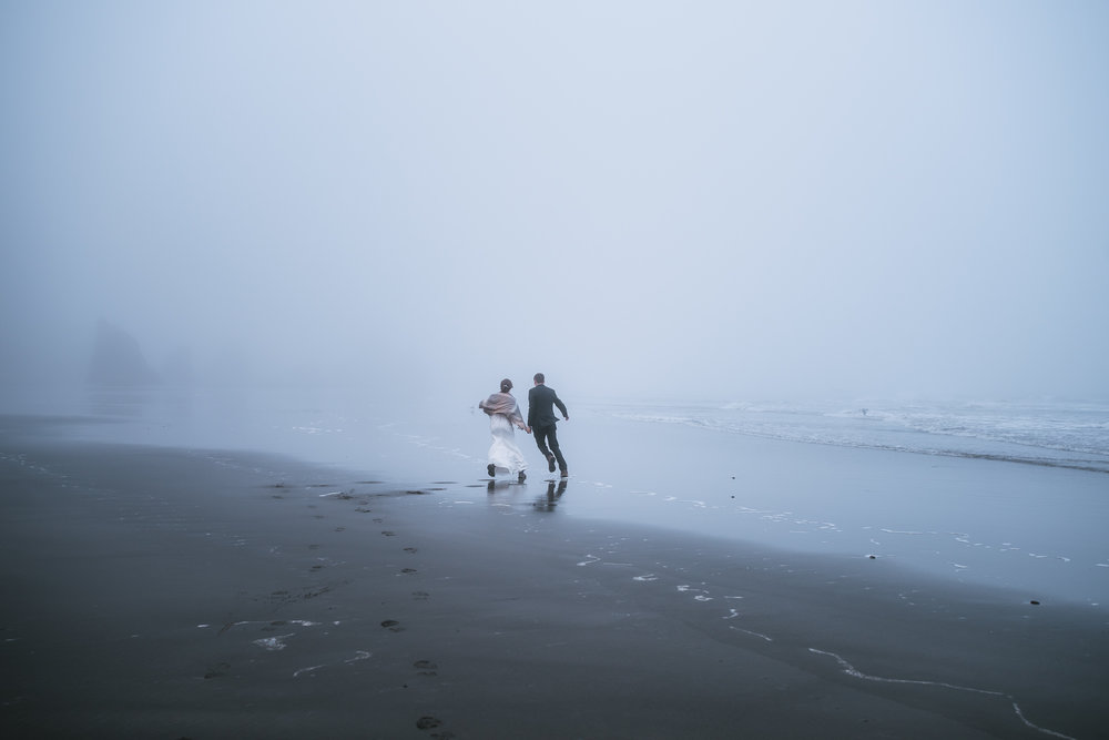 Fun and Adventurous wedding photography in the Pacific Northwest.