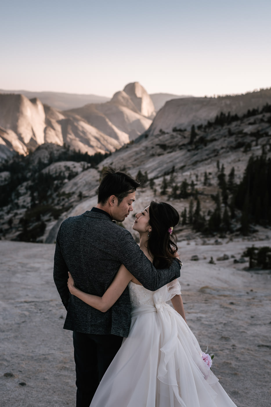 olmsted-point-elopement-yosemite-3.jpg