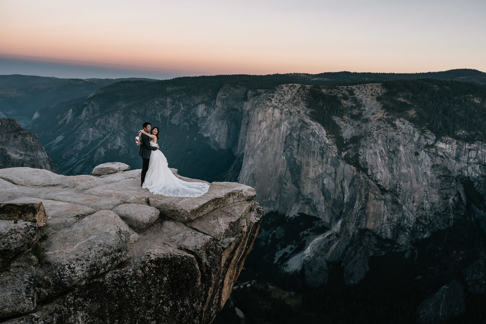 Yosemite Taft Point elopement photographer.