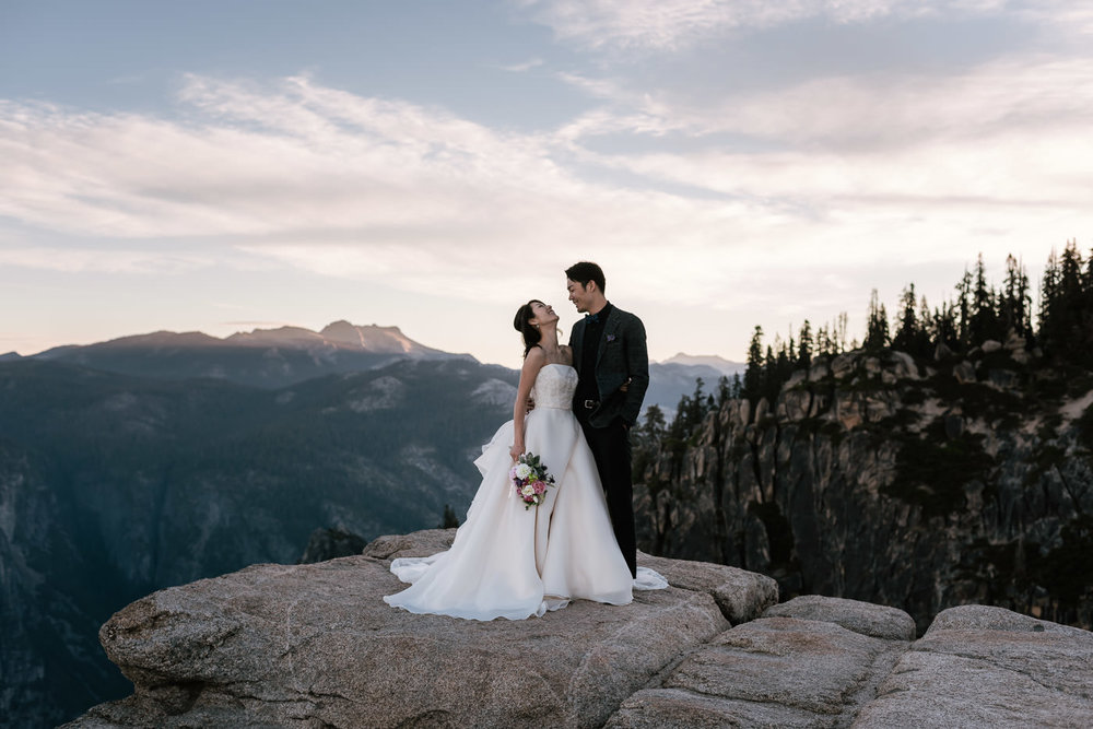 Best places to elope in the Sierra for adventurous couples.