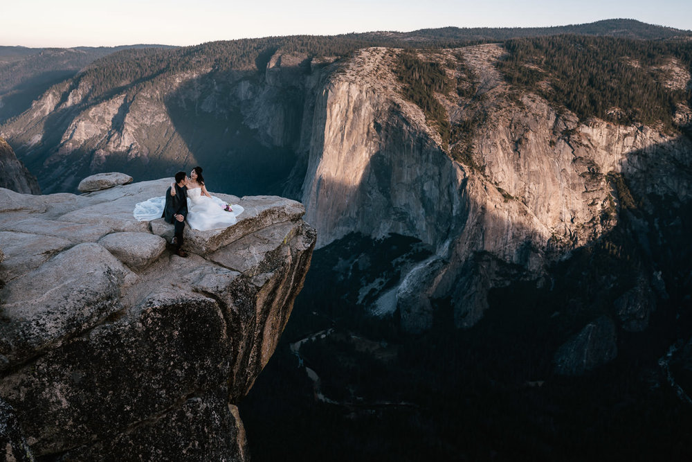 Newlyweds elope Yosemite's Taft Point for an unforgettable wedding experiance.
