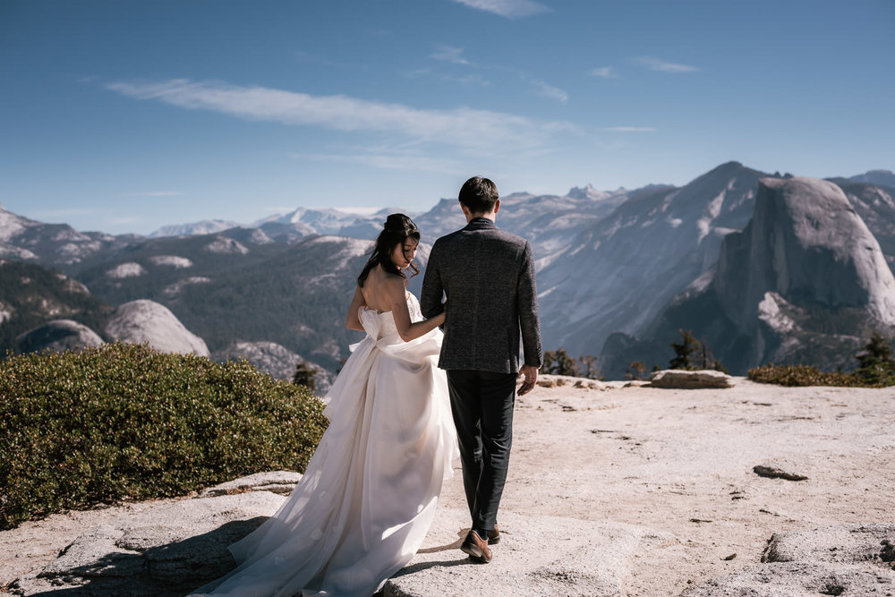 Best elopement photographers near Yosemite National Park California.