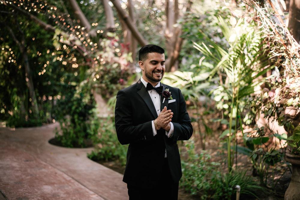 eden-gardens-wedding-photographer-romantic-20.jpg