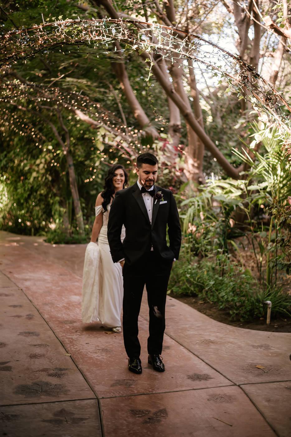eden-gardens-wedding-photographer-romantic-23.jpg