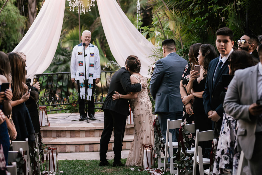 eden-gardens-wedding-photographer-romantic-35.jpg