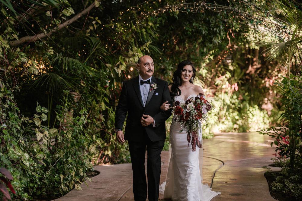 eden-gardens-wedding-photographer-romantic-36.jpg