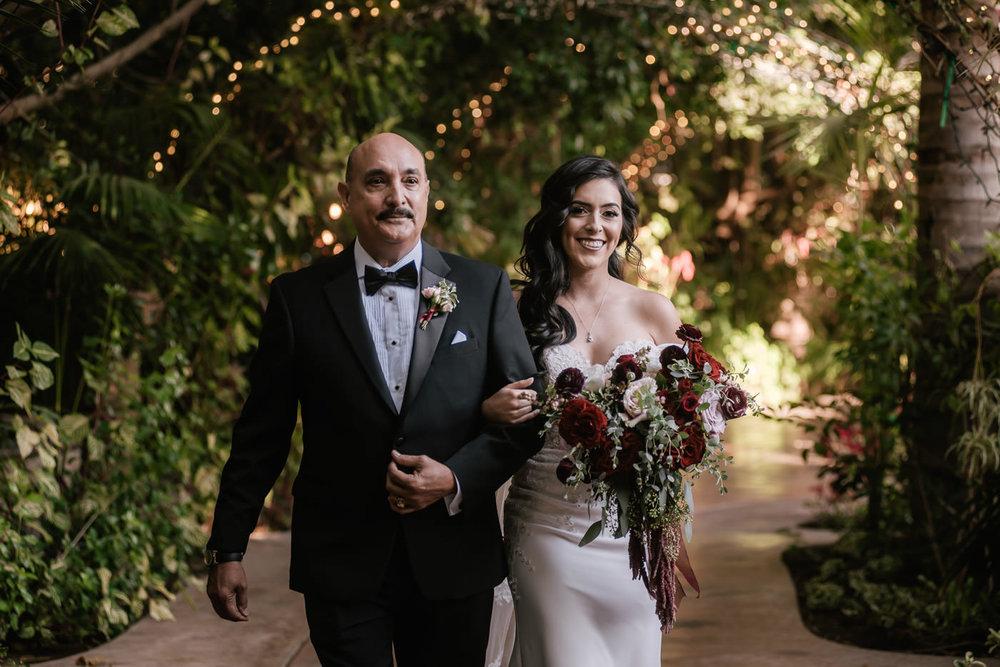 eden-gardens-wedding-photographer-romantic-37.jpg
