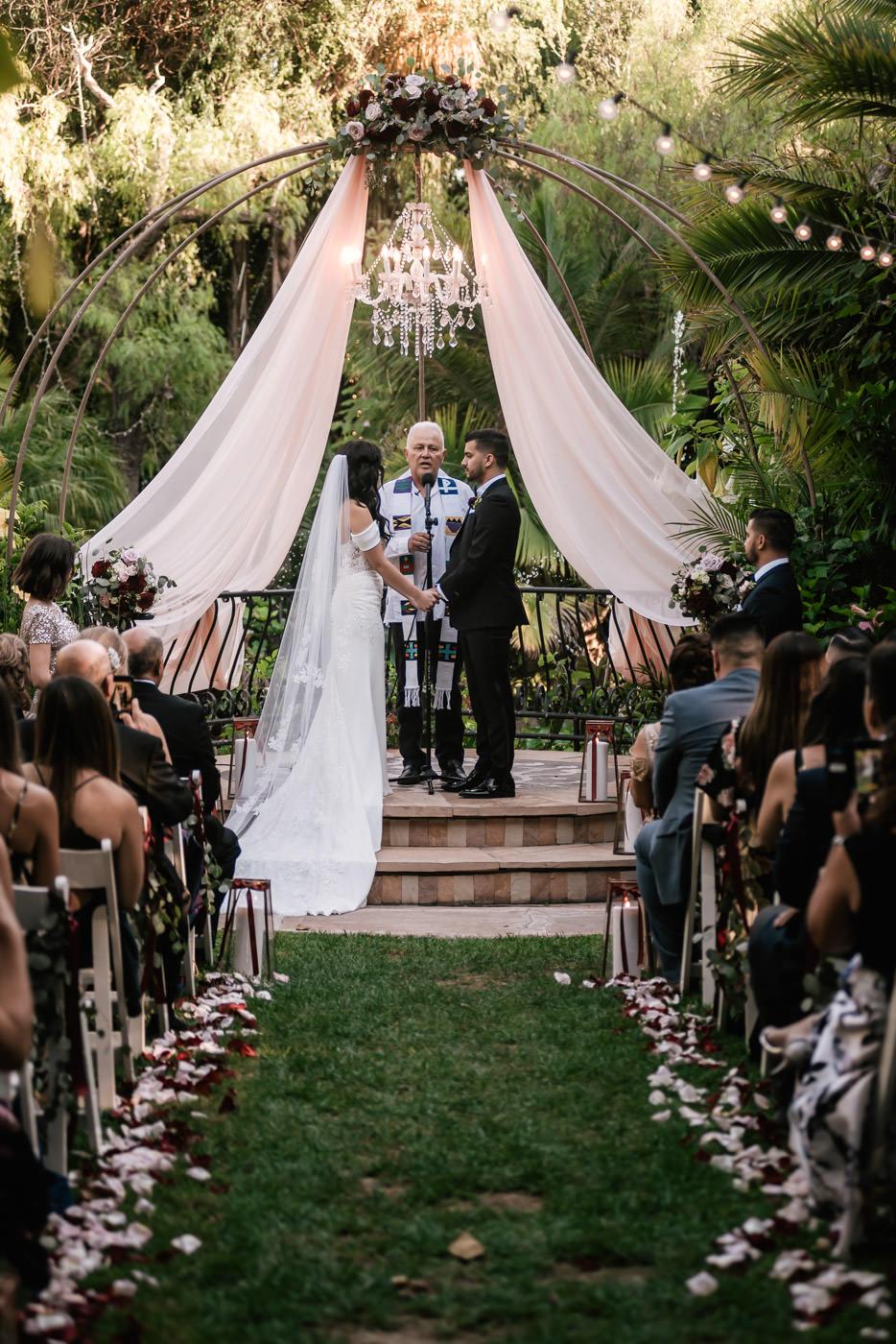 eden-gardens-wedding-photographer-romantic-42.jpg
