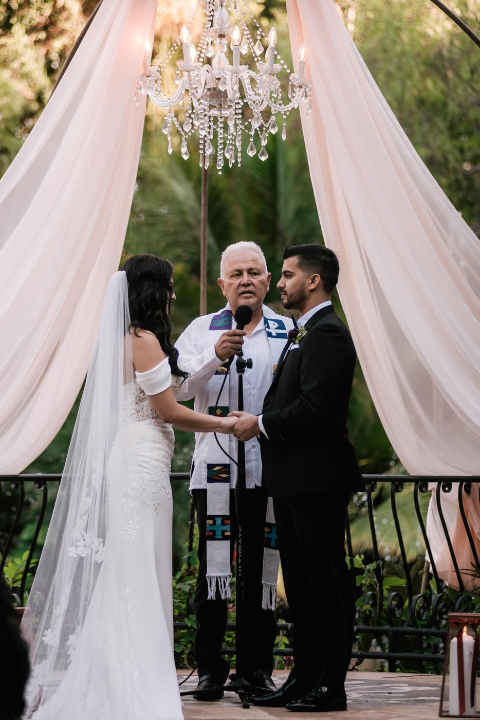 eden-gardens-wedding-photographer-romantic-53.jpg