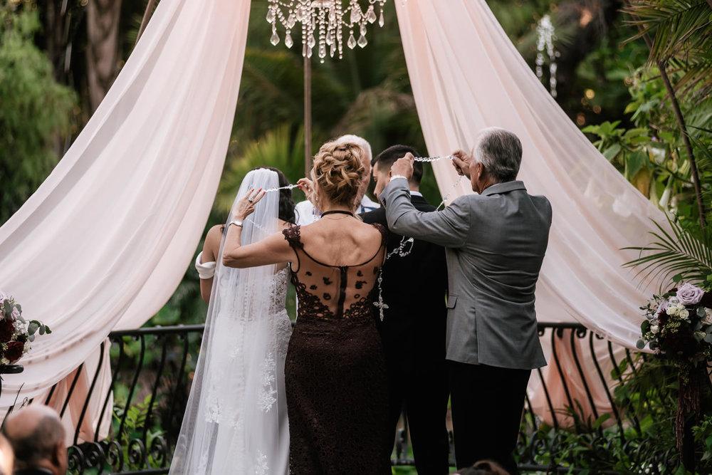 eden-gardens-wedding-photographer-romantic-54.jpg