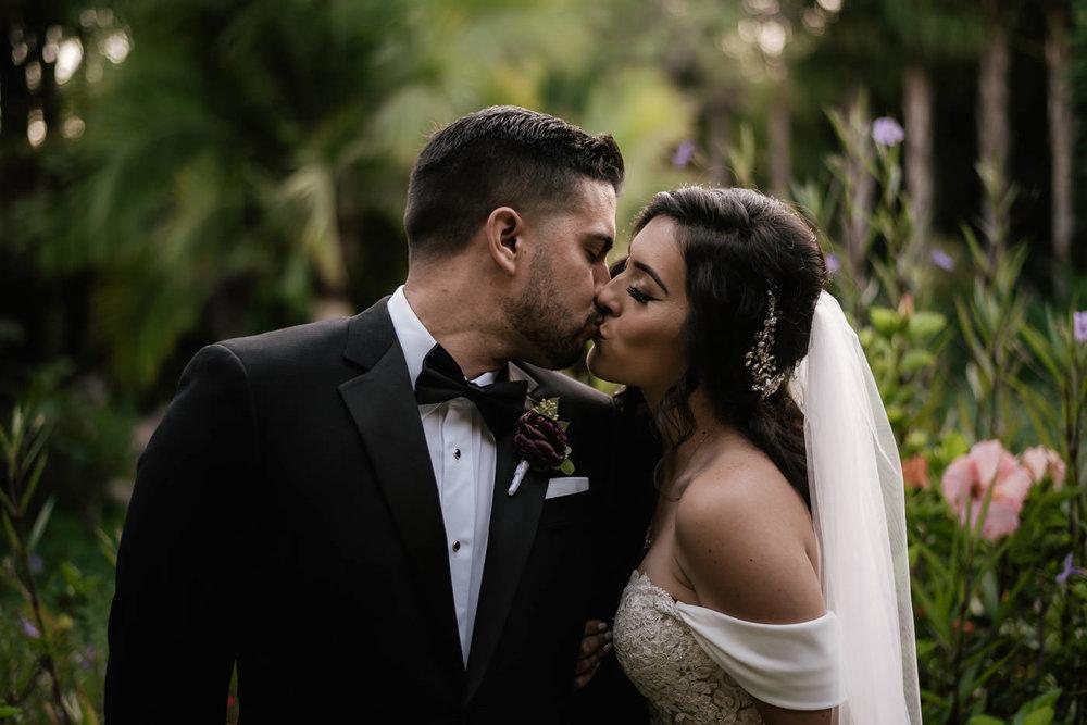 eden-gardens-wedding-photographer-romantic-75.jpg
