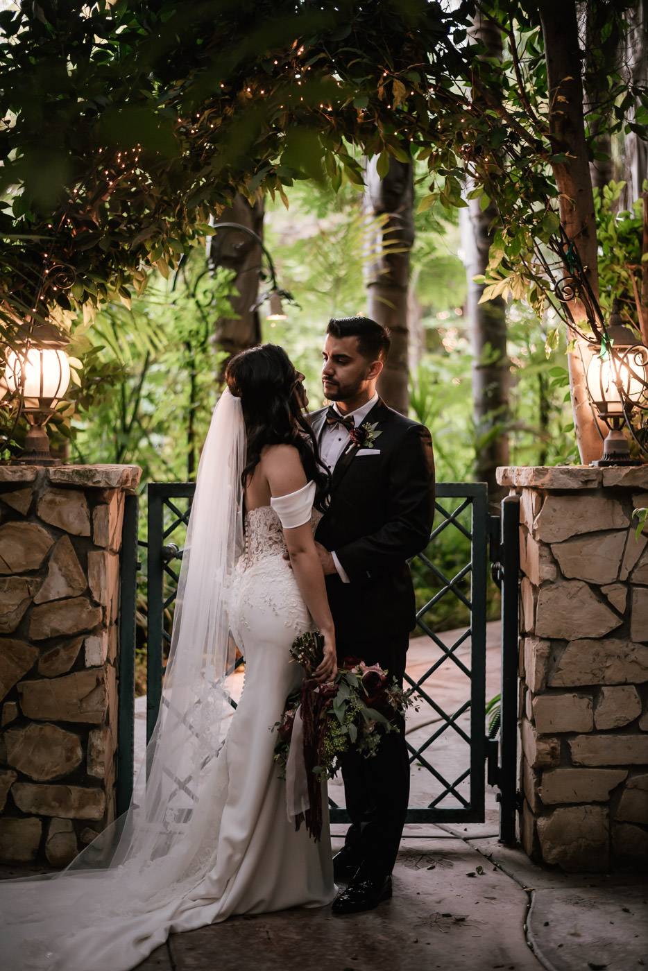 eden-gardens-wedding-photographer-romantic-80.jpg