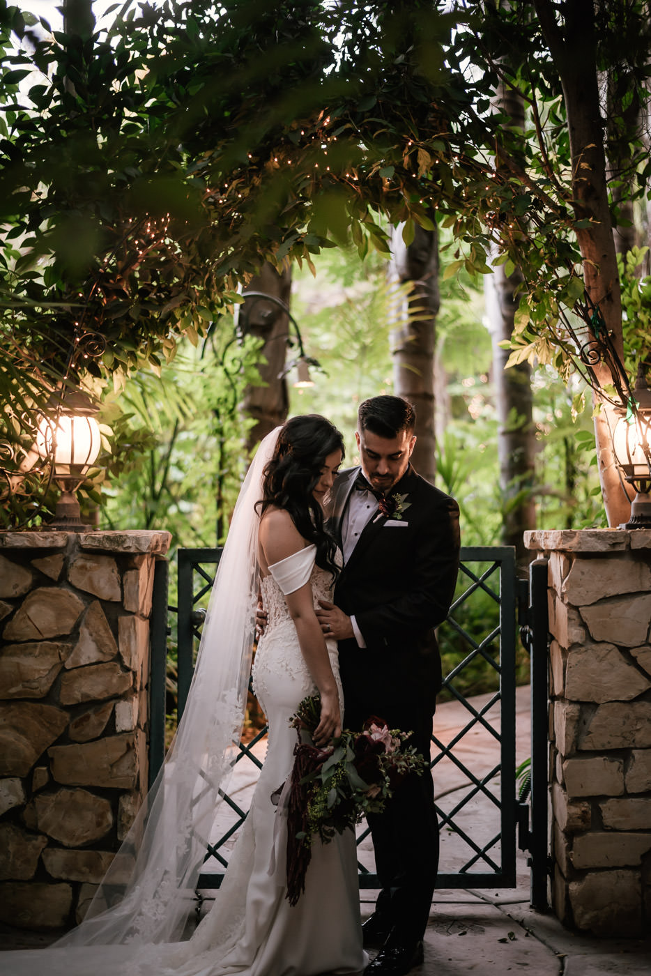 eden-gardens-wedding-photographer-romantic-82.jpg