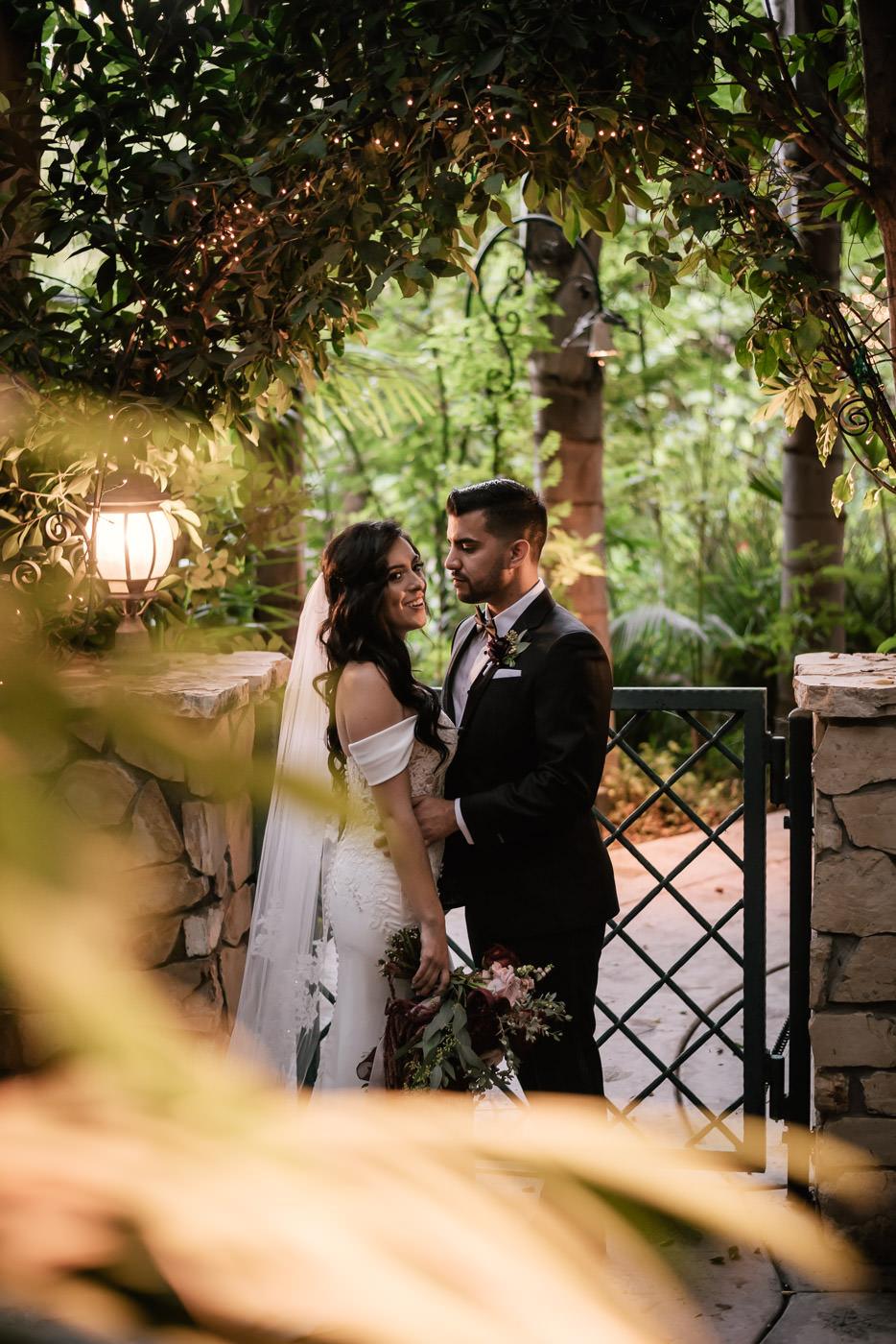 eden-gardens-wedding-photographer-romantic-83.jpg