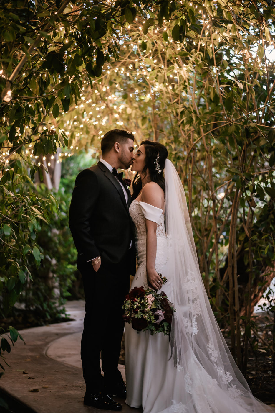 eden-gardens-wedding-photographer-romantic-86.jpg